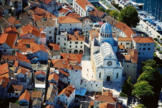 0006-sibenik-region-cathedral-st-jacob