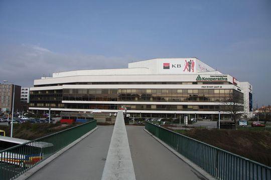 800px-Prague_Congress_Centre_(1)