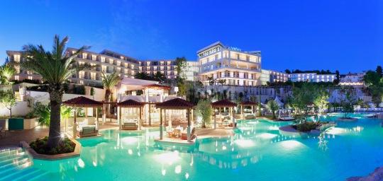 Hotel Amfora cascading pool