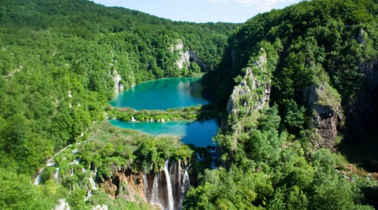 Plitvice_Lakes_National_Park_2-900x500